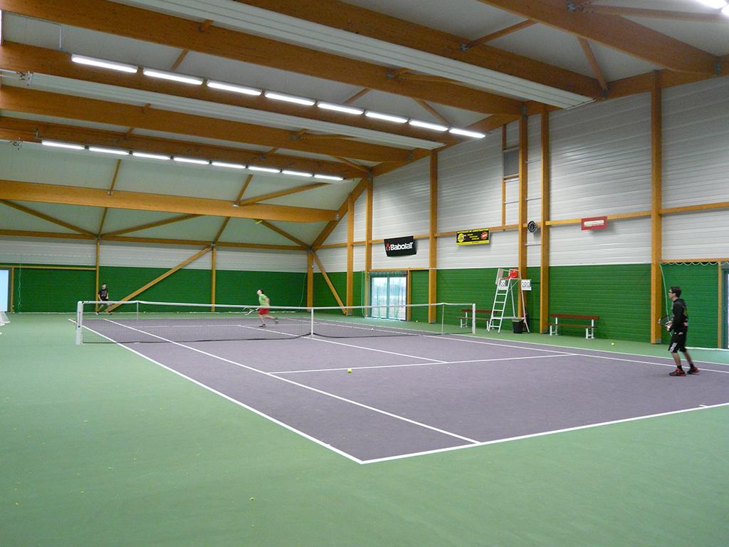 construction de 2 courts de tennis couverts buch res 10 architecte lenoir associ s bourgogne. Black Bedroom Furniture Sets. Home Design Ideas