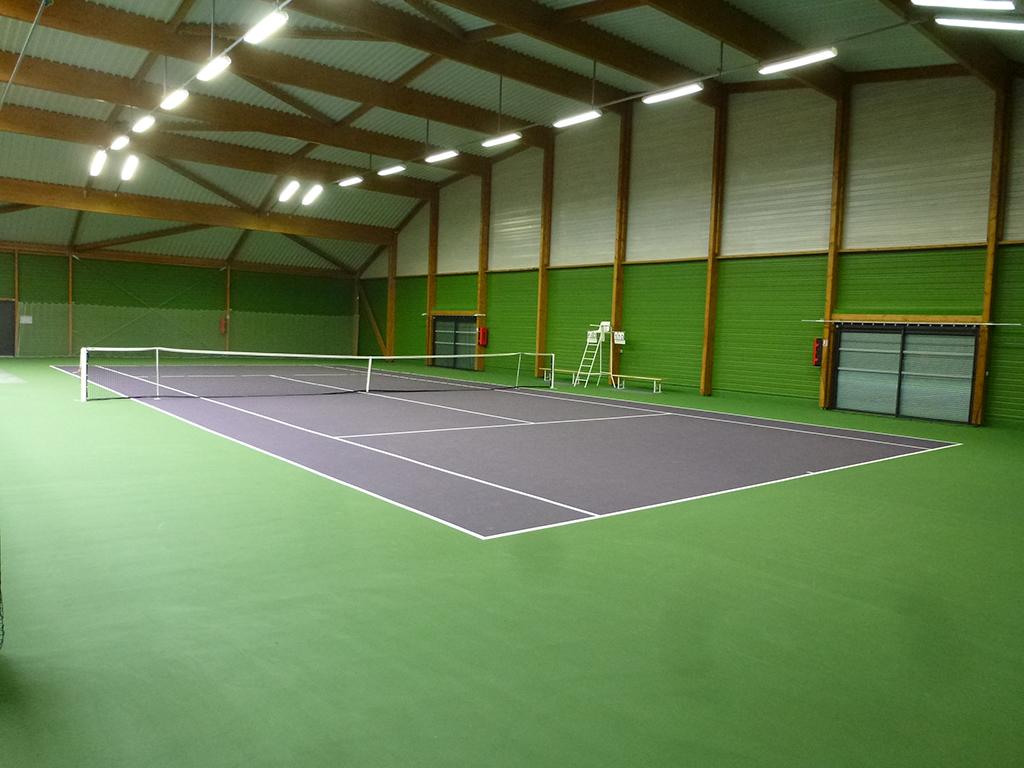 construction de 2 courts de tennis couverts changis sur marne 77 architecte lenoir. Black Bedroom Furniture Sets. Home Design Ideas