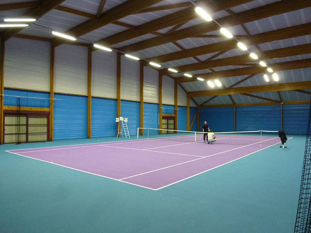 construction de 2 courts de tennis couverts gretz armainvillers 77 architecte lenoir. Black Bedroom Furniture Sets. Home Design Ideas